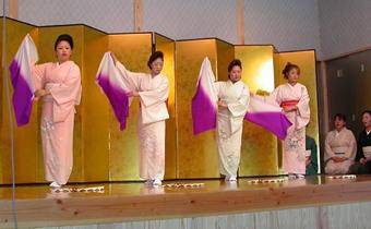 岩室芸妓の舞
