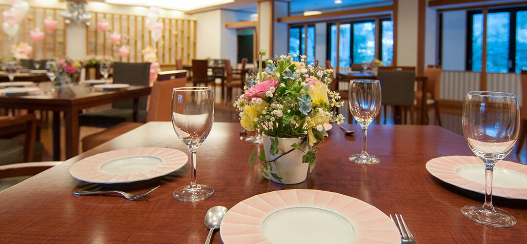 披露宴:レストラン02